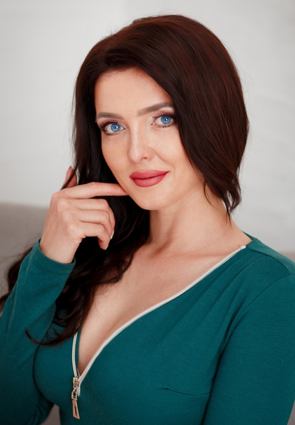 fervent Ukrainian lass from city Dnepr Ukraine