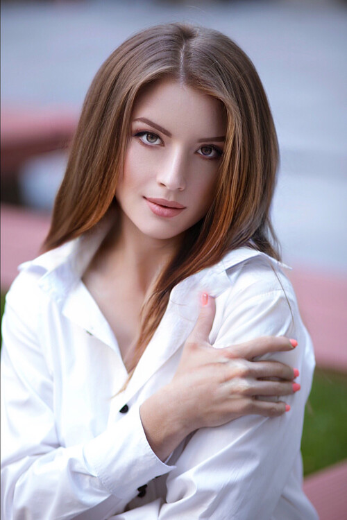 gorgeous Ukrainian bride from city Dnepr Ukraine
