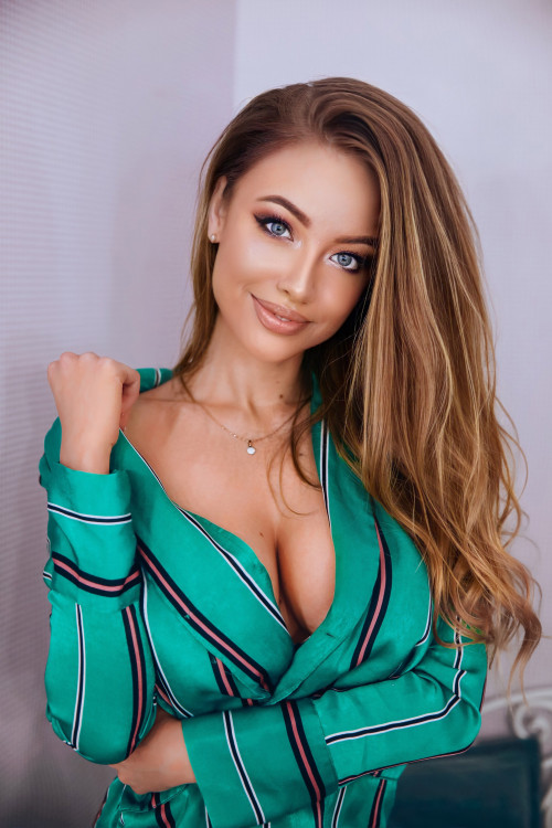 romantic Ukrainian female from city  Kyiv Ukraine