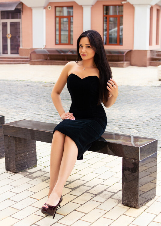 Polina russian brides dating site