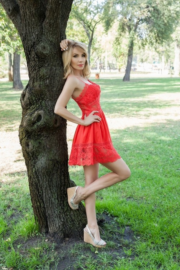 trusting Ukrainian lady from city Kiev Ukraine